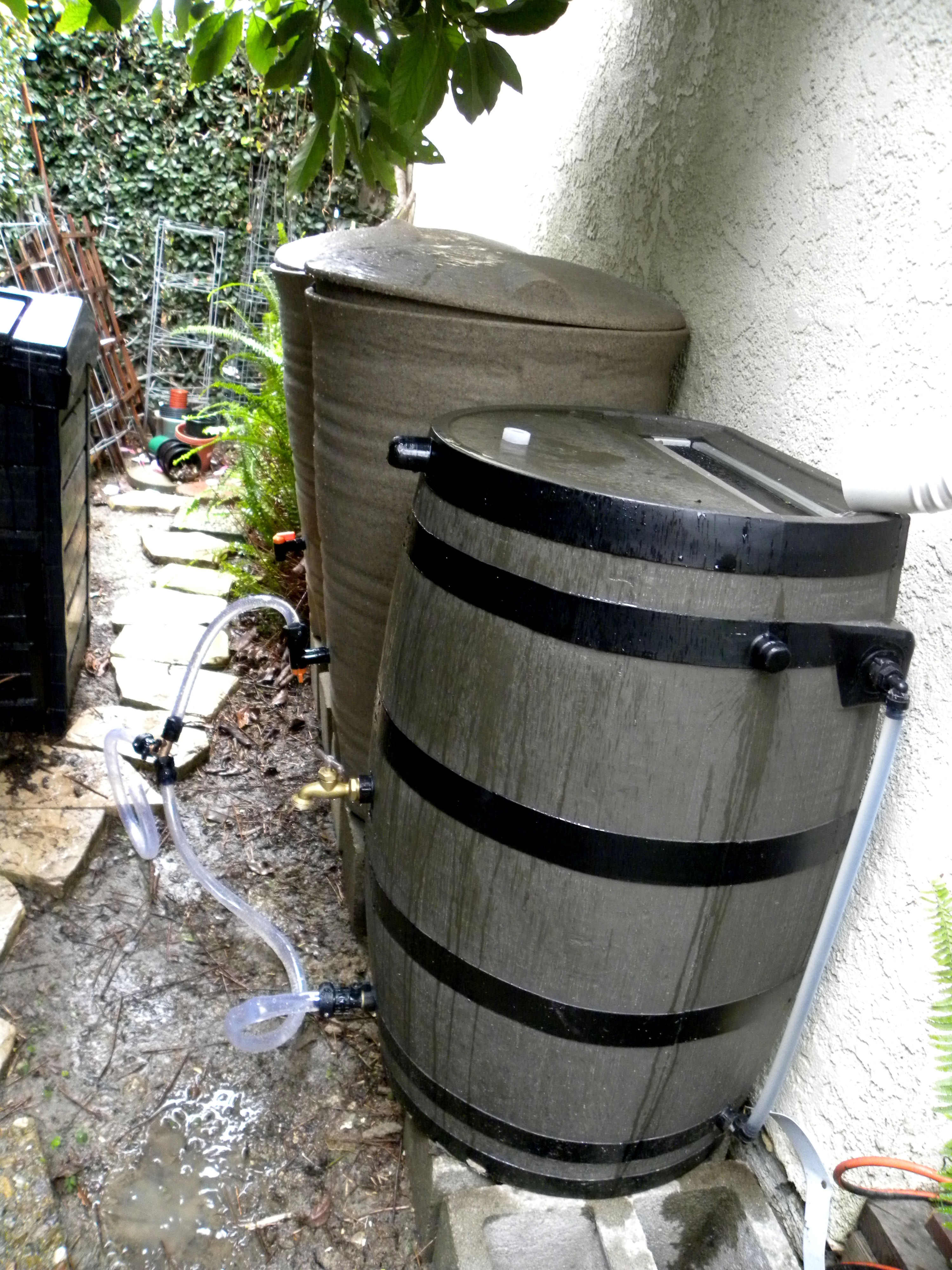 how to connect two rain barrels together