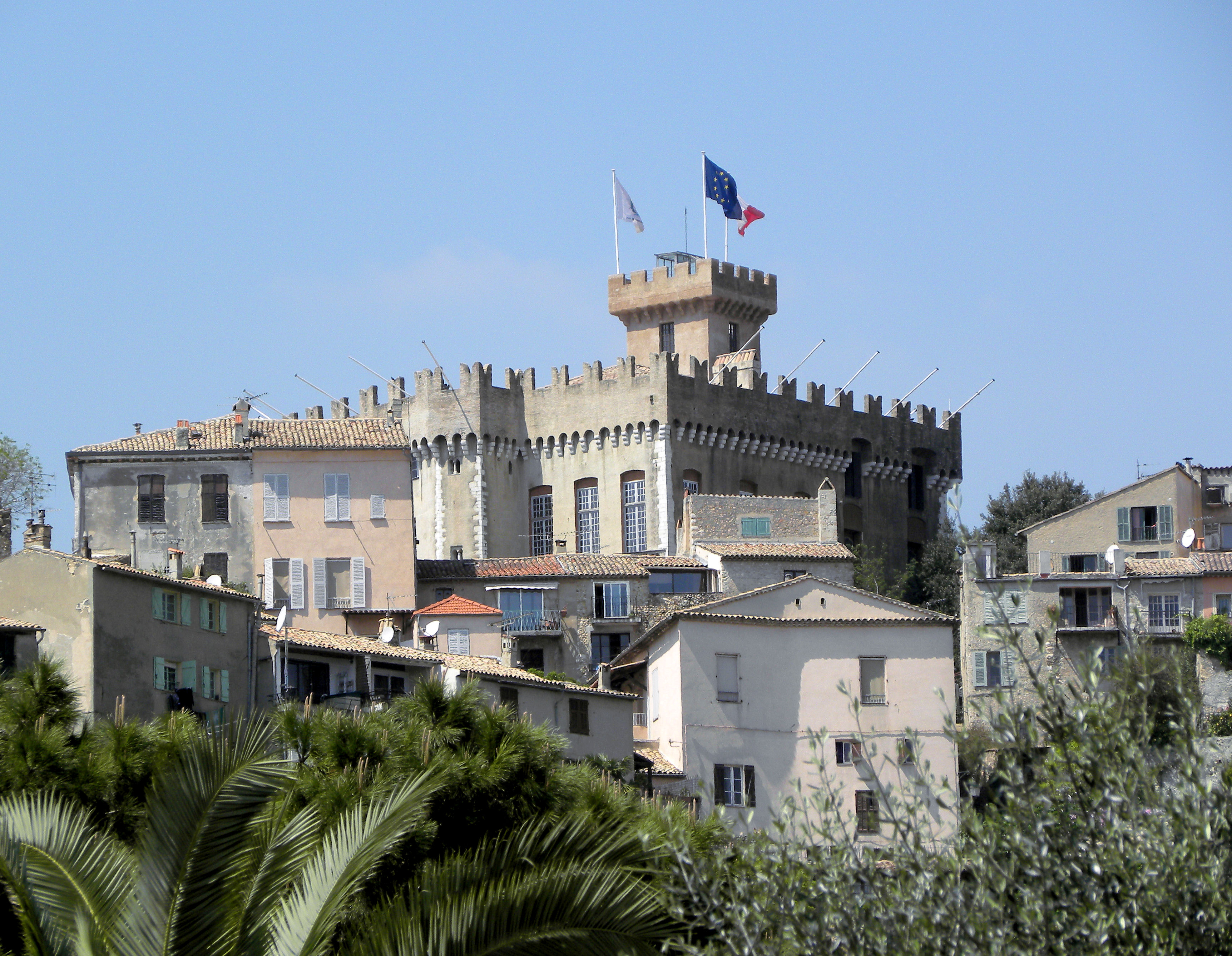Cagnes-sur-Mer France  city images : Cagnes sur Mer on the French Riviera | Lou Murray's Green World