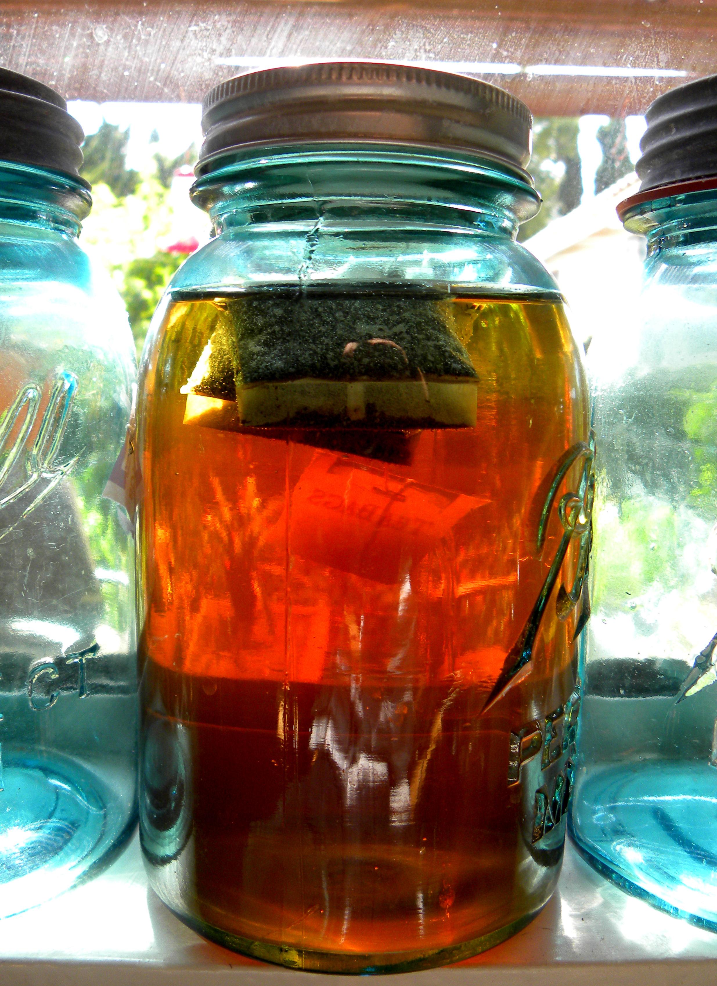 How to make sun tea | Lou Murray's Green World